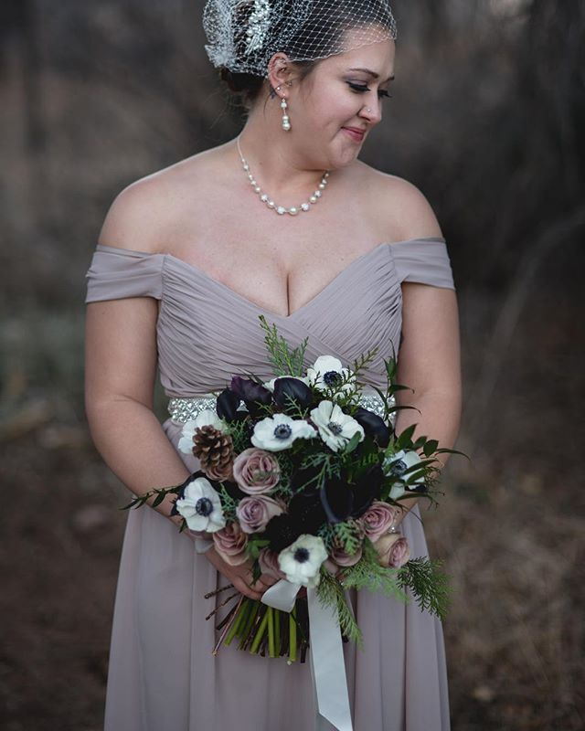 New pics up! A beautiful winter wedding with the most fun flowers!  Link in profile. Photos by @allisoneasterlingphotography  #winterwedding #ivywildschool #anemone #callalily #coloradowedding