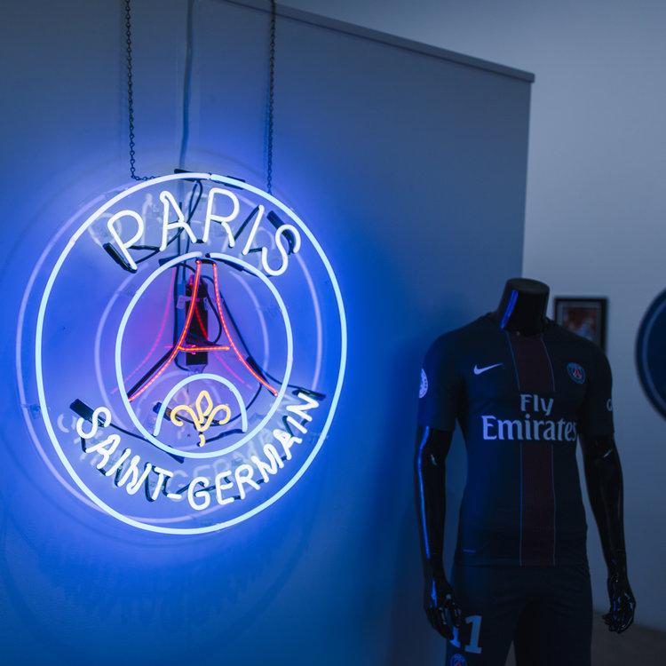 AntonioBrasko-Paris-SaintGermain-LaGalerie-PopUp-TheSeventhLetter-LosAngeles-ArtGallery-Art-Design-Graffiti-SprayPaint-Boombox-Soccer-Futbol-PSG 1.jpg