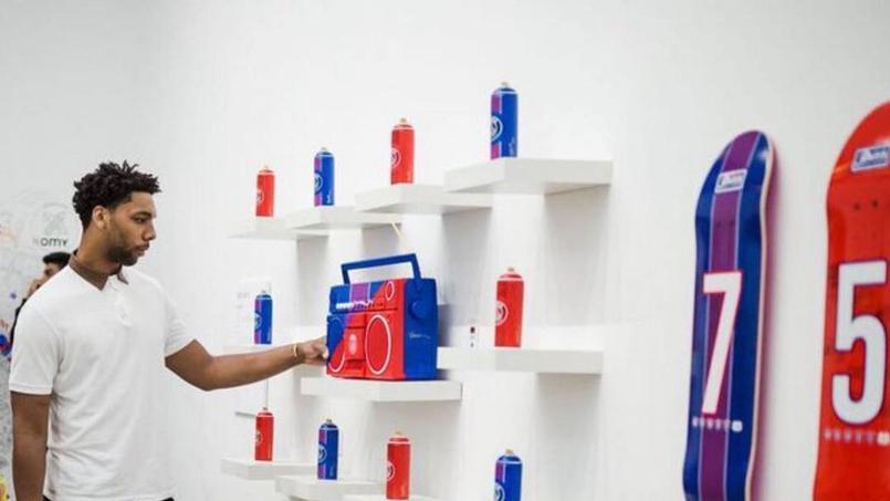 AntonioBrasko-Paris-SaintGermain-LaGalerie-PopUp-TheSeventhLetter-LosAngeles-ArtGallery-Art-Design-Graffiti-SprayPaint-Boombox-Soccer-Futbol-PSG 17.jpg