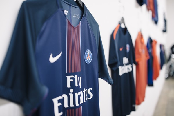 AntonioBrasko-Paris-SaintGermain-LaGalerie-PopUp-TheSeventhLetter-LosAngeles-ArtGallery-Art-Design-Graffiti-SprayPaint-Boombox-Soccer-Futbol-PSG 18.jpg