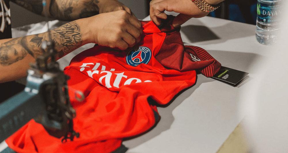 AntonioBrasko-Paris-SaintGermain-LaGalerie-PopUp-TheSeventhLetter-LosAngeles-ArtGallery-Art-Design-Graffiti-SprayPaint-Boombox-Soccer-Futbol-PSG 27.jpg