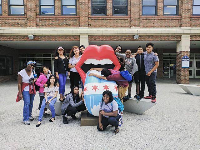 #rollingstones #thestones #ccsdas #ccsdasCHI17 #classtrip #smile #tongue #lips #hilarious #scholars #navypier