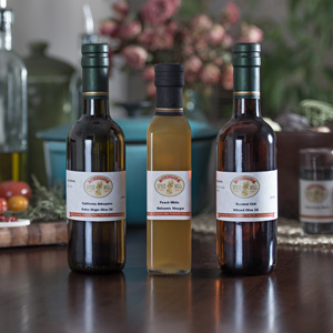 California arbequina oilve oil, Peach white balsamic vinegar, Roasted chili infused olive oil