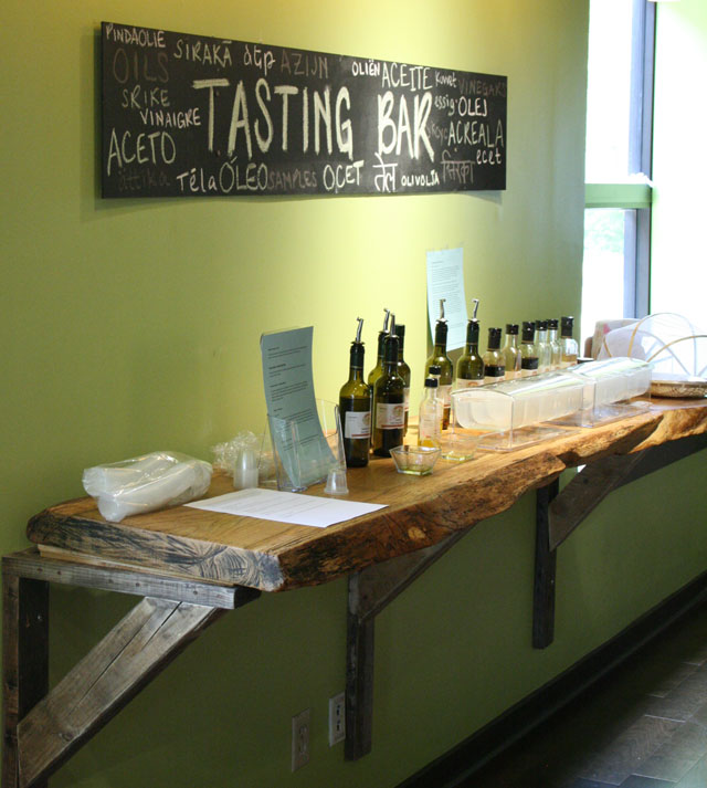 Oil and Vinegar Tasting Bar