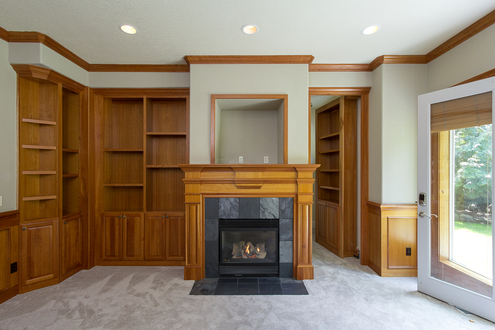 Yes, that IS a hidden room behind a bookcase!