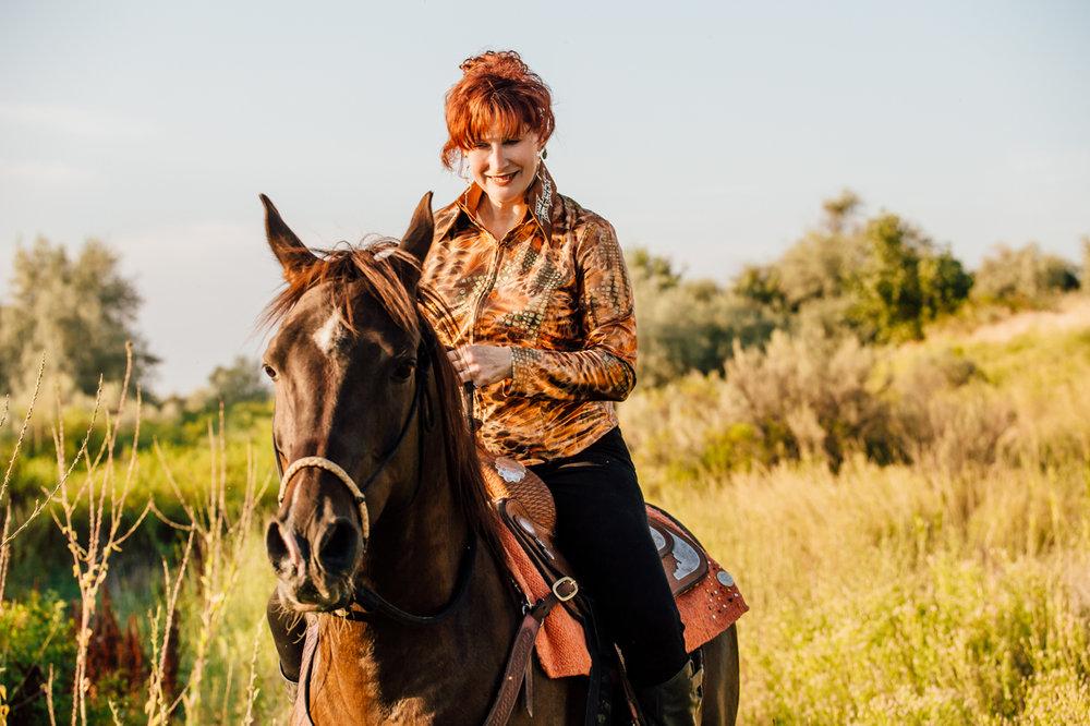 bettie till athens horse photographer rachael renee photography Web-13.jpg