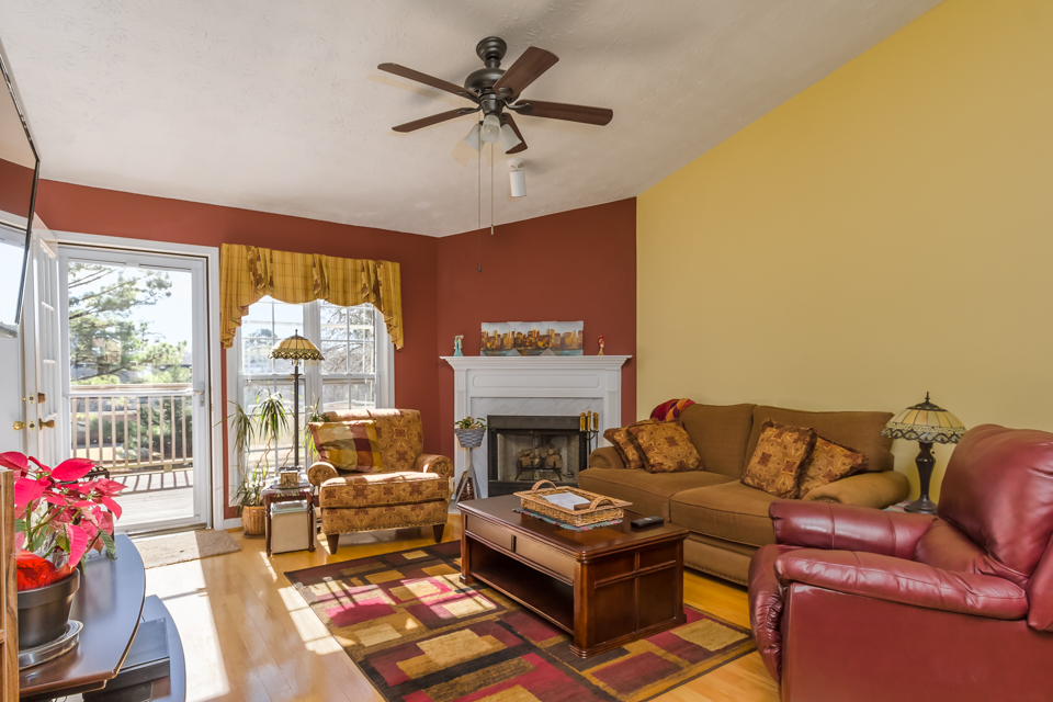 7140 Valley Forest Dr Web-2.jpg
