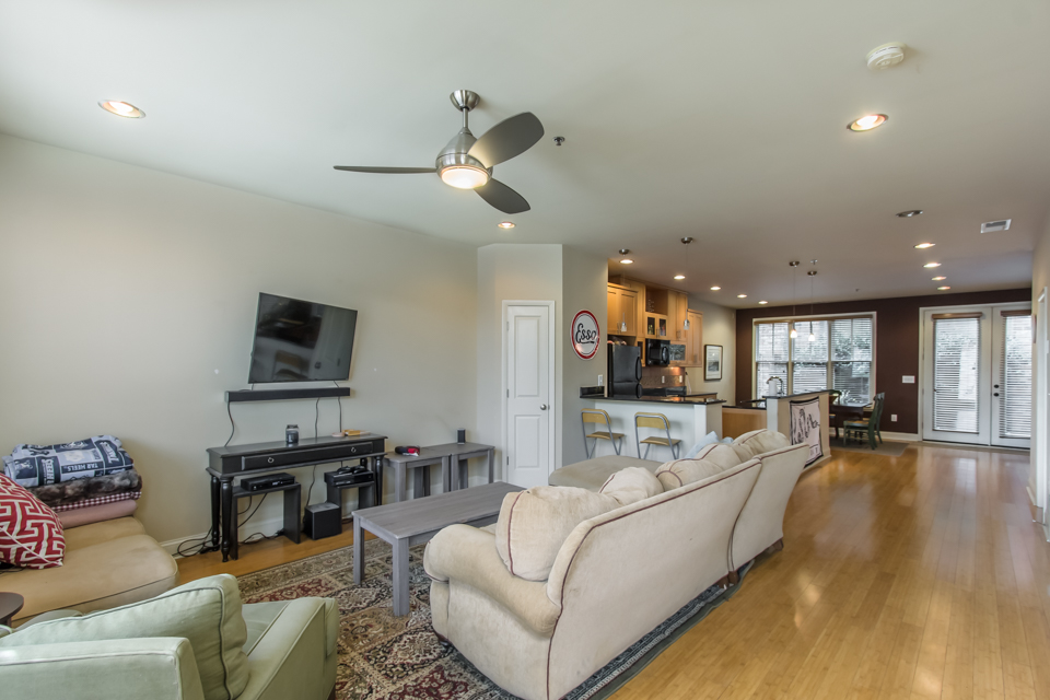 118 Ruth Drive, Unit 530 Web-4.jpg