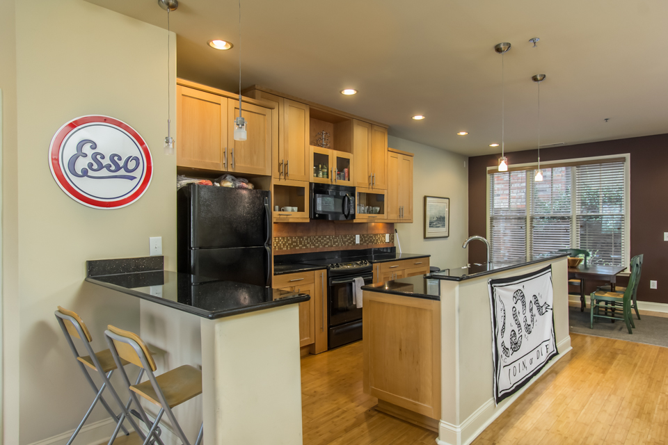 118 Ruth Drive, Unit 530 Web-6.jpg