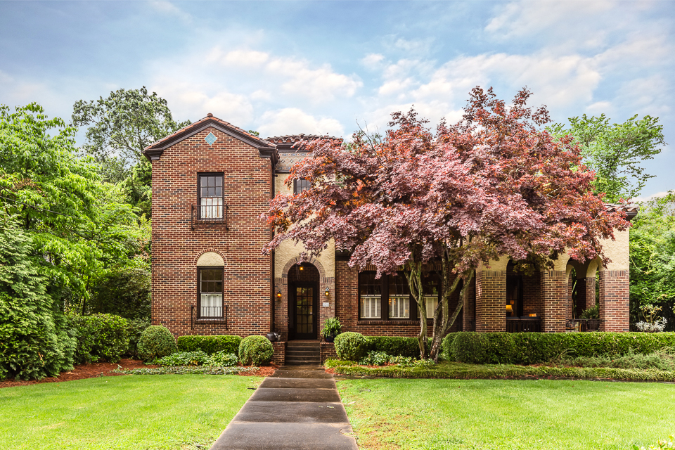 354 Milledge Circle Web-1.jpg