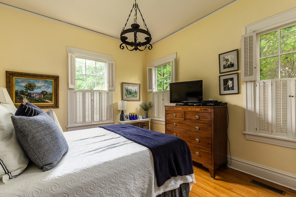 354 Milledge Circle Web-14.jpg
