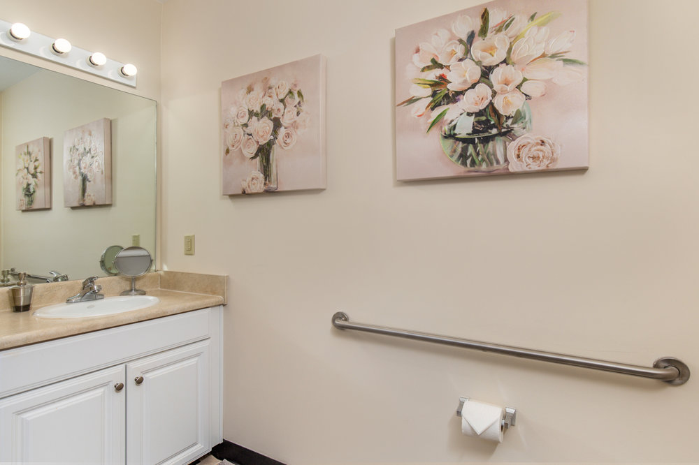 Bentley-Assisted-Living-Commercial-Architectural-Interior-Photography-Rachael-Renee-Photography-Web-6.jpg