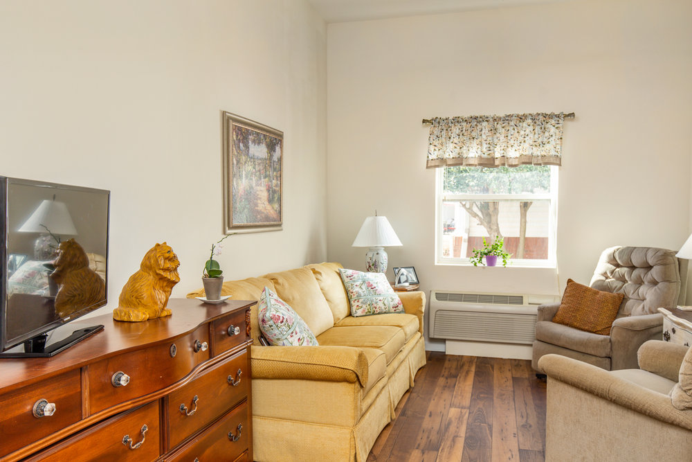 Bentley-Assisted-Living-Commercial-Architectural-Interior-Photography-Rachael-Renee-Photography-Web-15.jpg