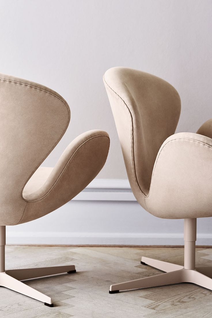 scandinaviancollectors: ARNE JACOBSEN, Swan Chair (1948). Limited edition with lacquered base and nubuck leather upholstery by Fritz Hansen, Denmark 2015. / Pinterest