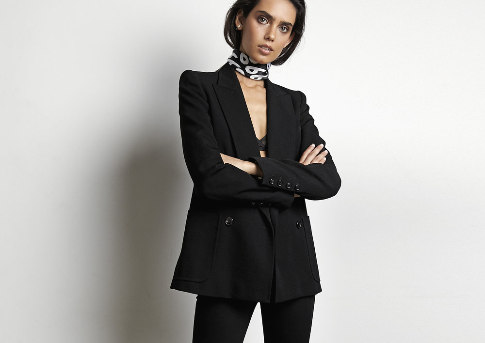 LOOKBOOK-66-THE-LABEL_Page_18.jpg
