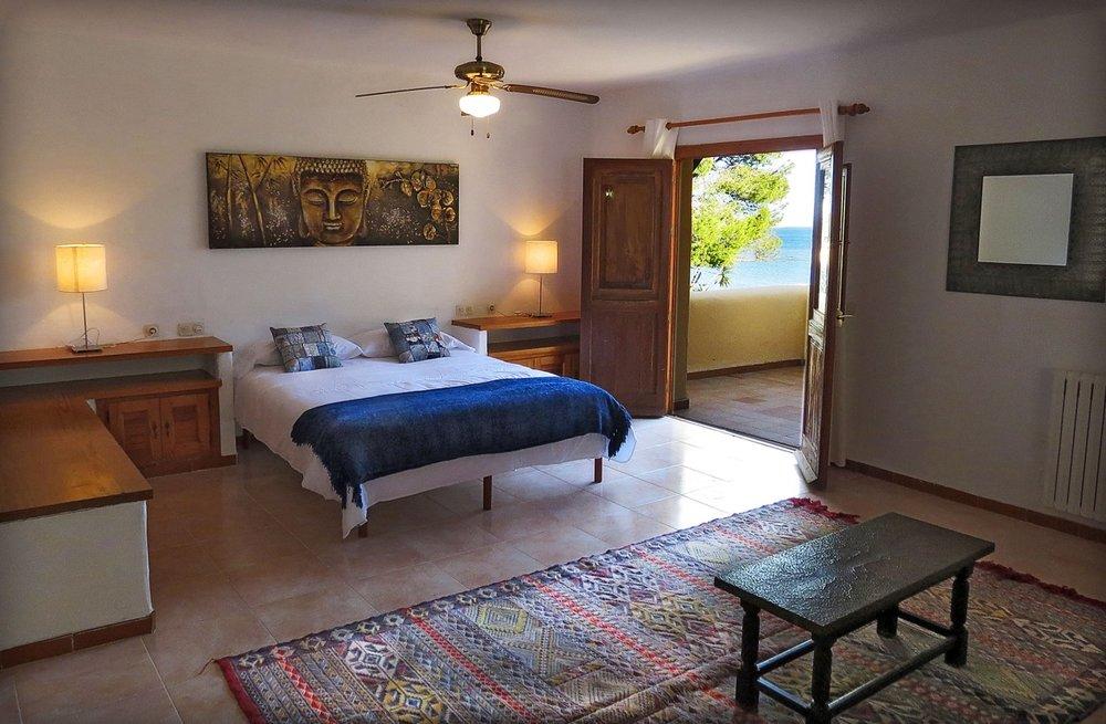 Bedroom 5 (3) (1).jpg