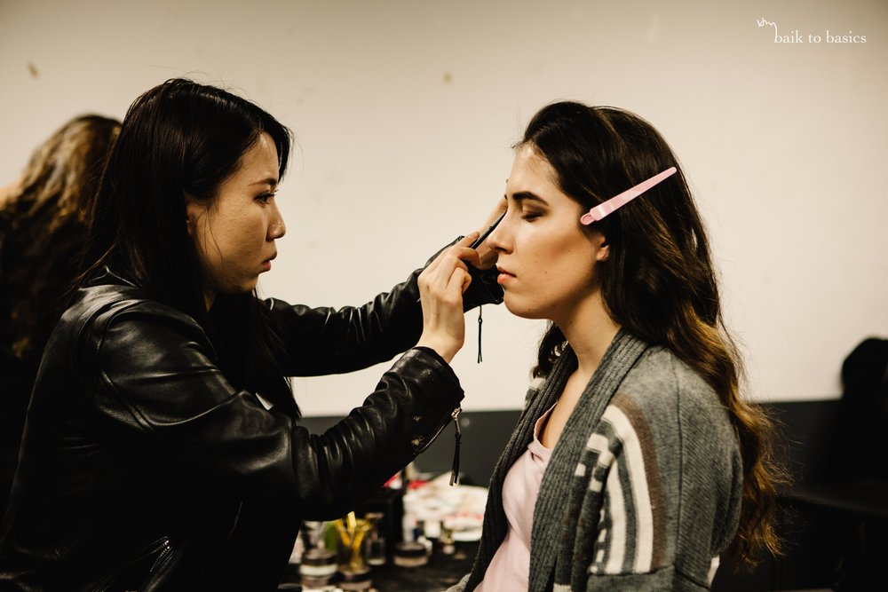 BACKSTAGE | MAKEUP