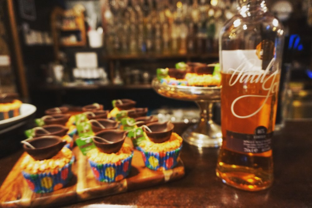 High Tea cupcake cocktail
