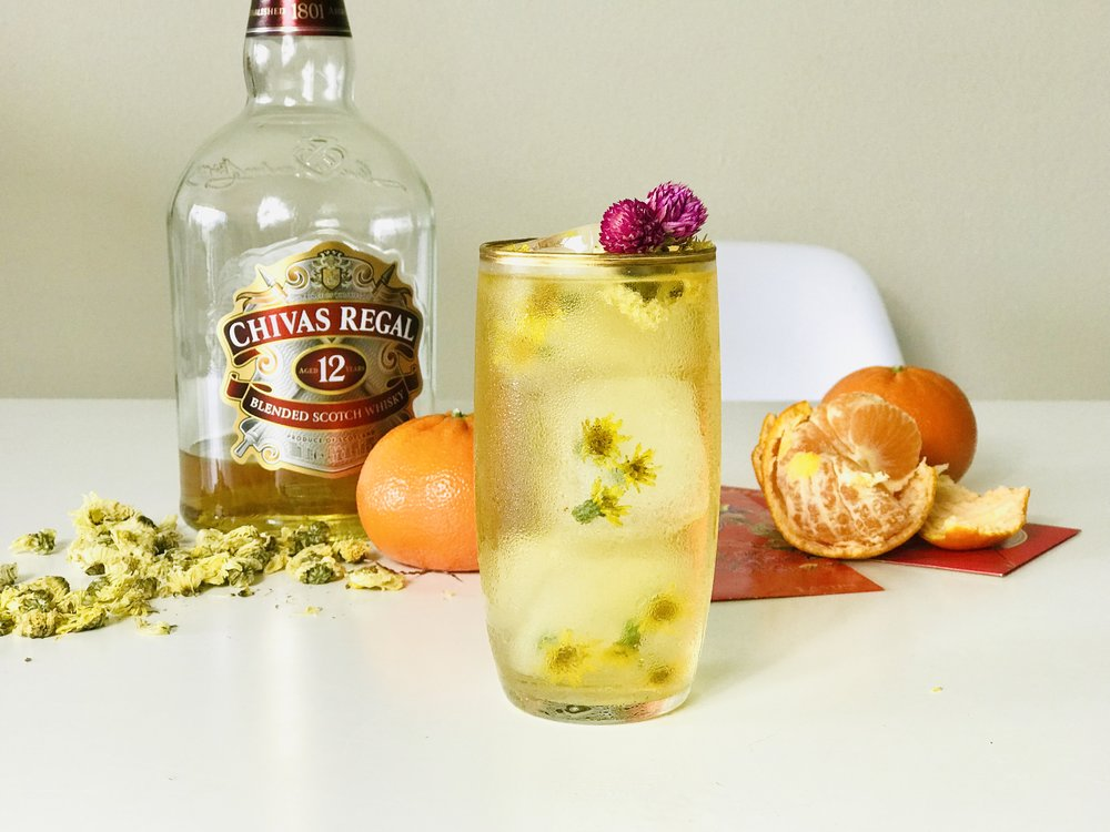 Whisky Chrysanthemum Highball, the perfect refreshing drink for Chinese New Year