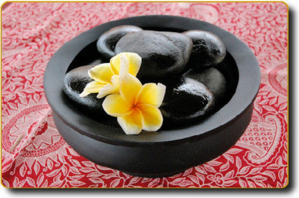 Natural Sea Rounded Volcanic Stones(L) - Bali Green Spa.jpg