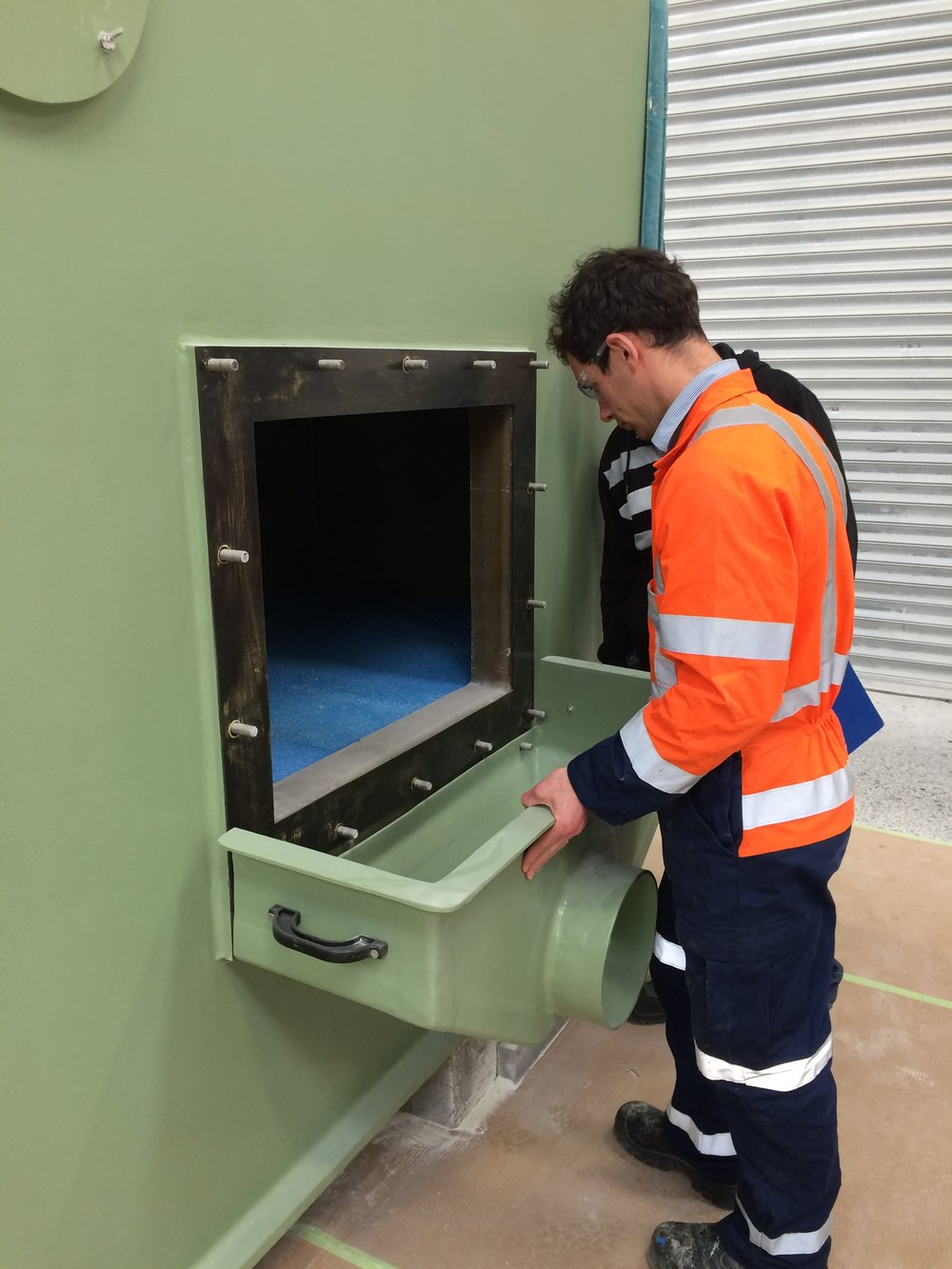 Shane Bingara carbon bed inspect.JPG