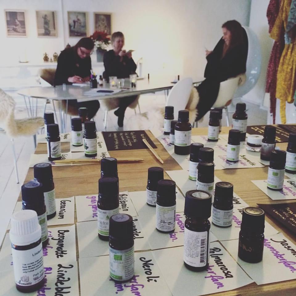 workshop i parfume og aromaterapi kursus i aromaterapi danmark