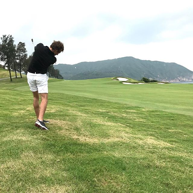 Pin Seekerz player J.Payne sending it down the Par 5 7th at Clearwater Bay!