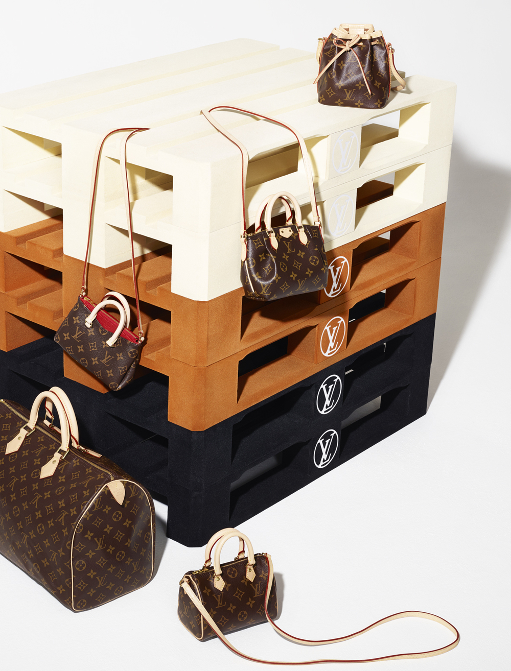 LouisVuitton_05_137.jpg