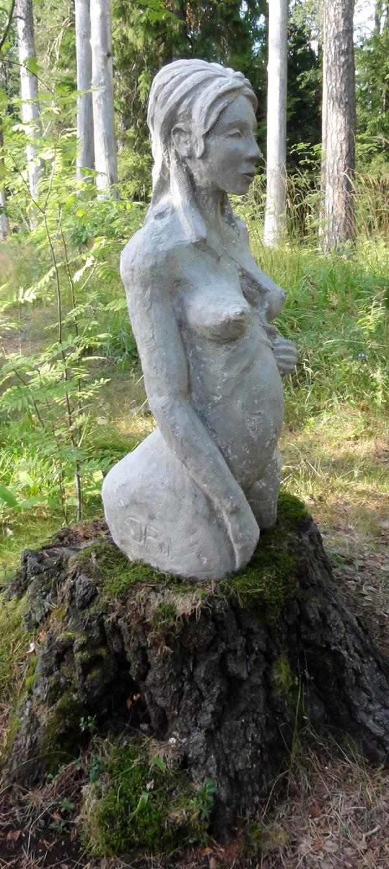 Jenni Forssén | Pinnan alla