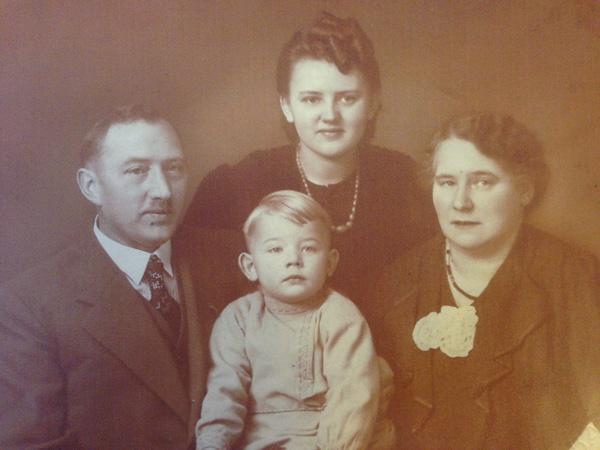 Georg Staudt sr., Sohn Georg jr., Tochter Erna und Wilhelmine