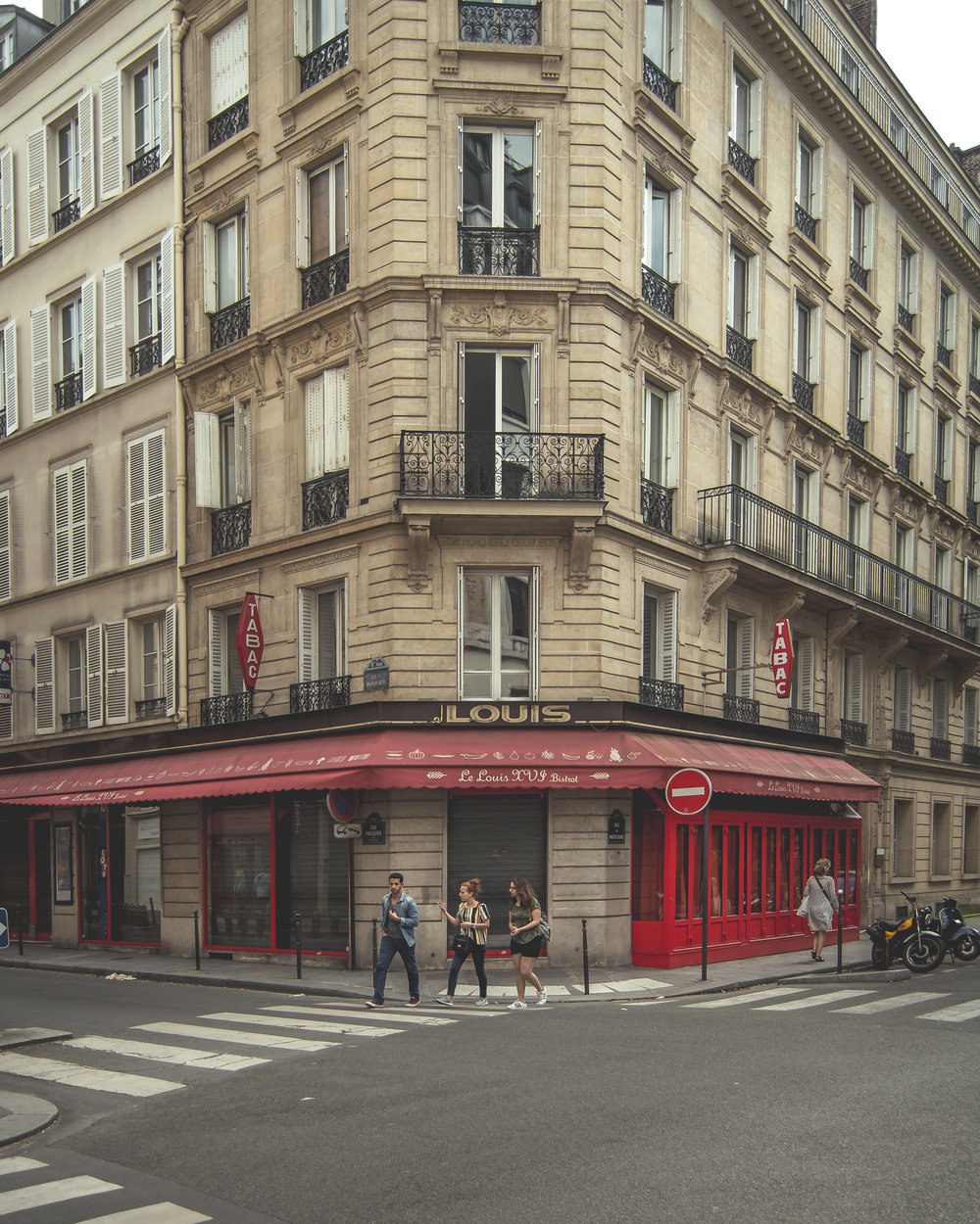 Paris Portfolio-15.jpg