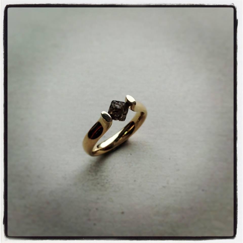 Gold Tension Set Un-cut Chocolate Diamond Ring