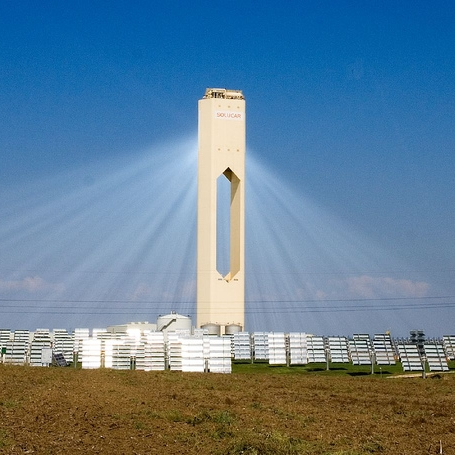 PS10_solar_power_tower_2.jpg