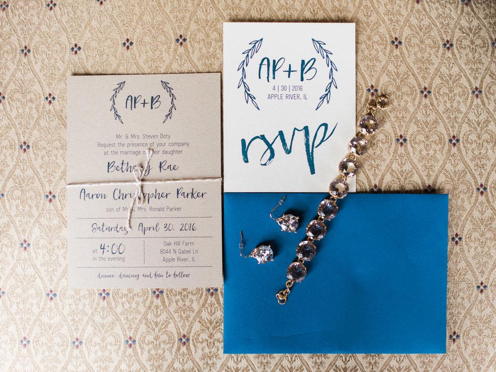 Aaron Bethany Wedding-Getting Ready-0006.jpg