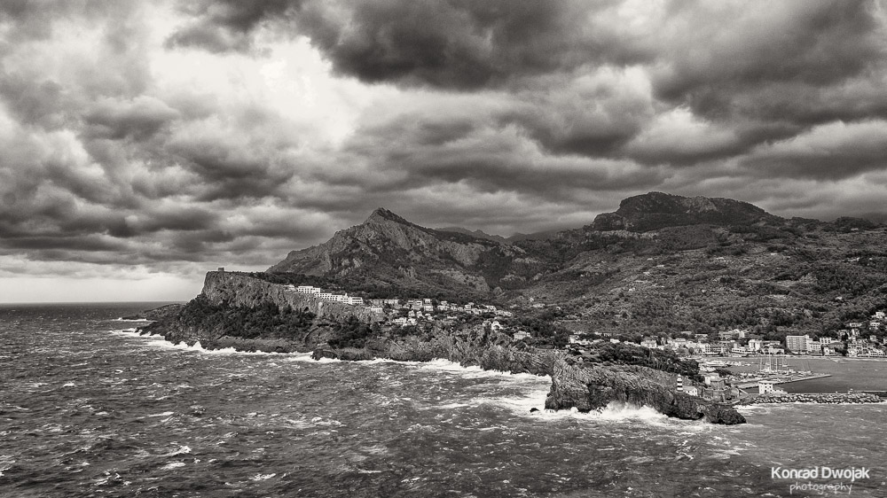 Mallorca, Port de Soller during storm