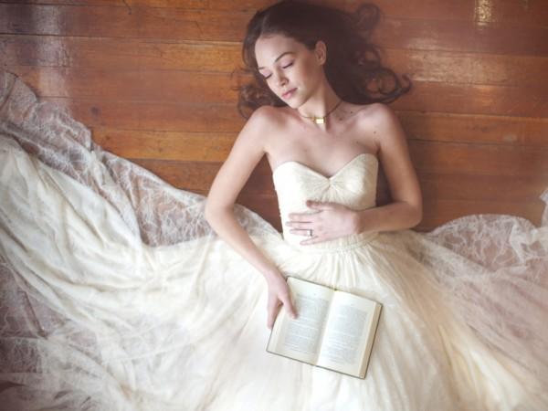 Truvelle-Wedding-Dress-Madison-600x450.jpg