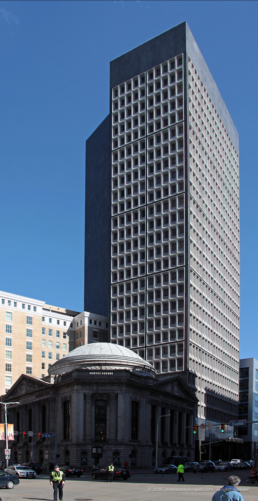 Metropolitan at the 9 (Cleveland Trust Tower) — Cleveland