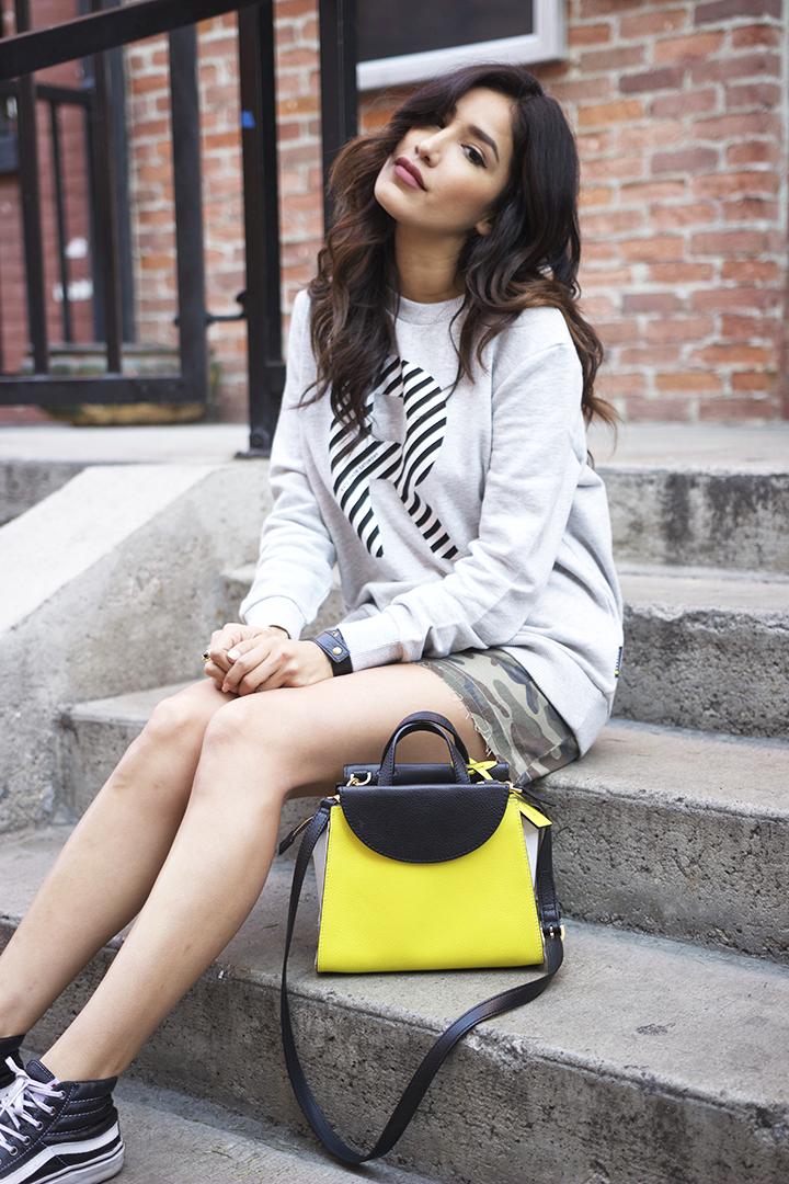 Kate Spade Sweatshirt and bag, Vans