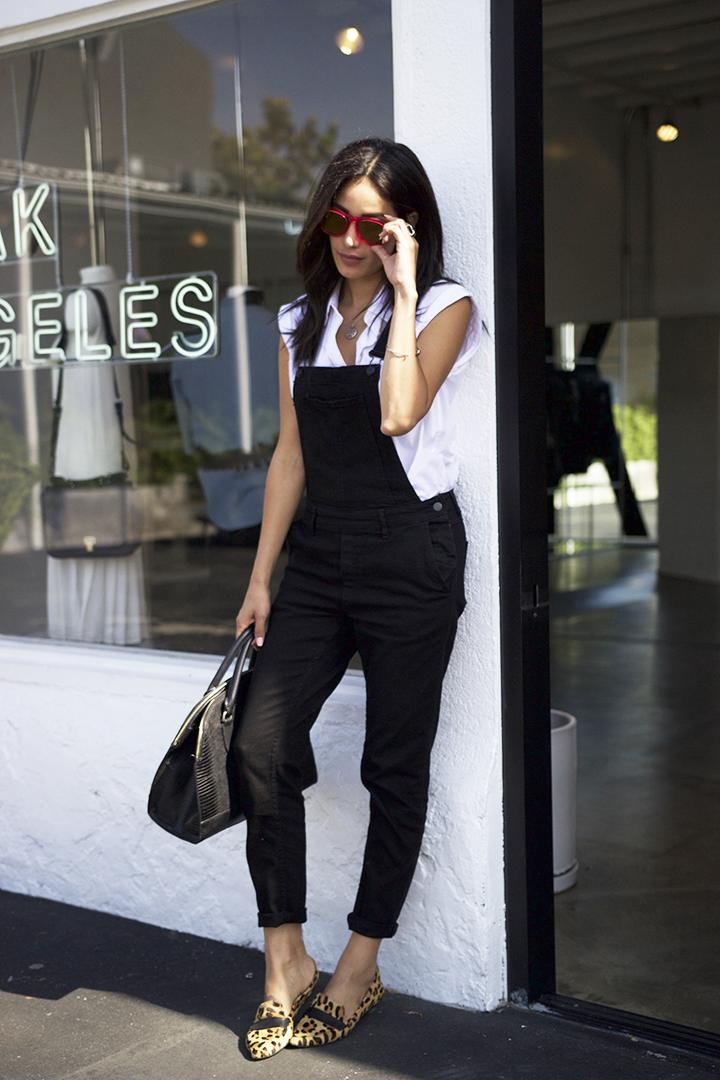 H&M   overalls/mono,   Forever21   top/blusa,   Steve Madden   flats/zapatos,   Zara   bag/bolsa,   Wildfox   sunnies/lentes