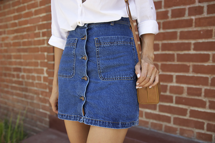 H&M  top/blusa,   Zara   skirt/falda &sandals/sandalias,   Urban Outfitter   bag/bolsa,  Ray-Ban  sunglasses/lentes de sol,  Forever21  necklace/collar