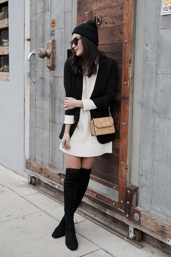 Sweater dress / Vestido: Zara,  Boots /Botas: Mango,  Bag /Bolsa: Zara