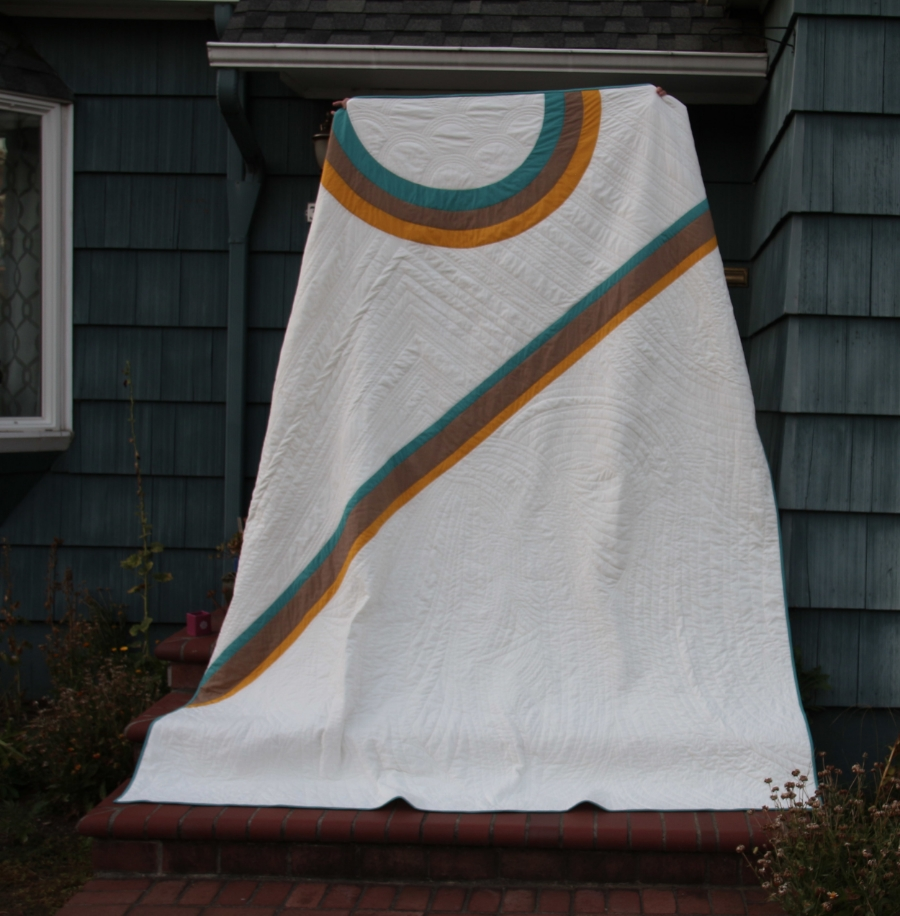 The Wedding Dress Quilt - www.hoorayforrain.com