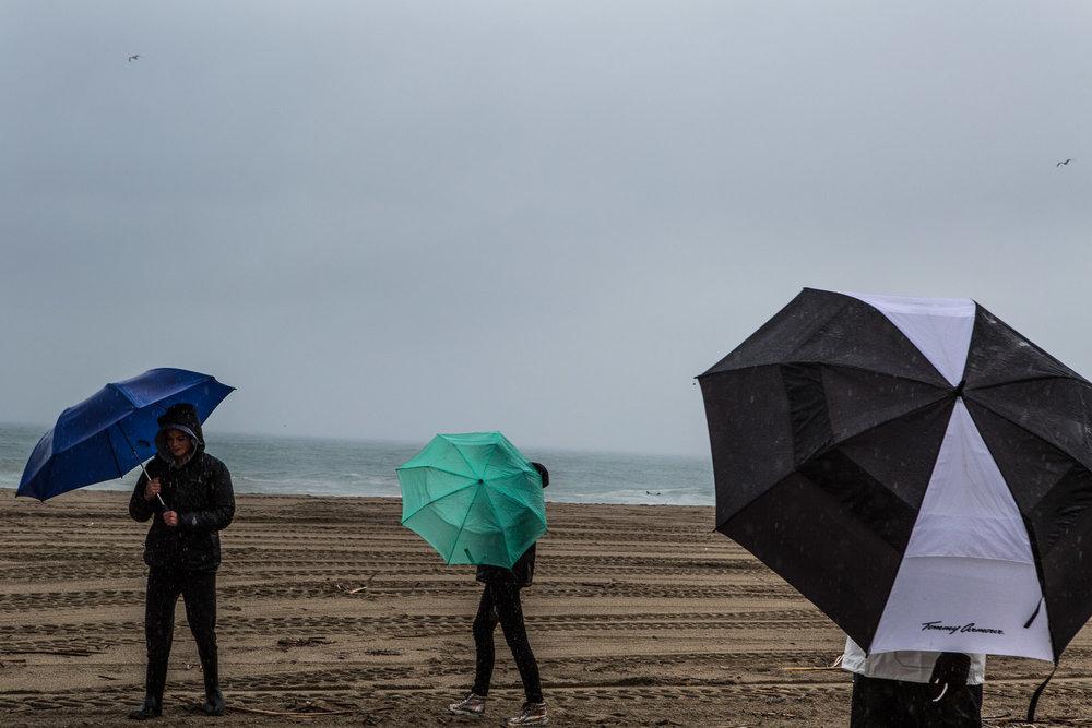 Mette_lampcov_watertodust-malibu-rain.jpg