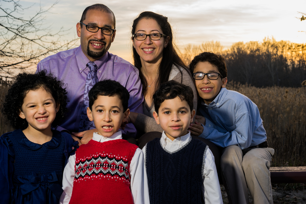 Lopez family 2015 resharpen-3.jpg