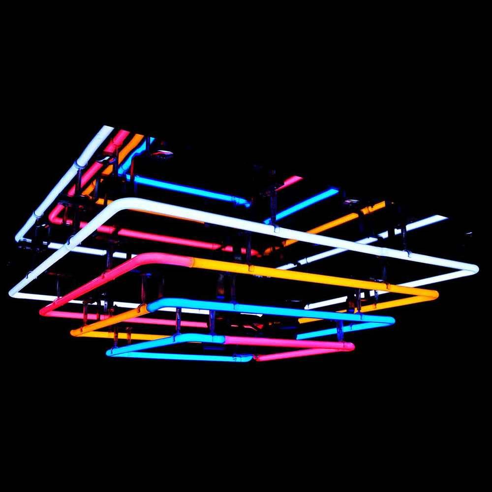 The art of exquisite luminous neon barton neon magic for Decor international middletown ohio