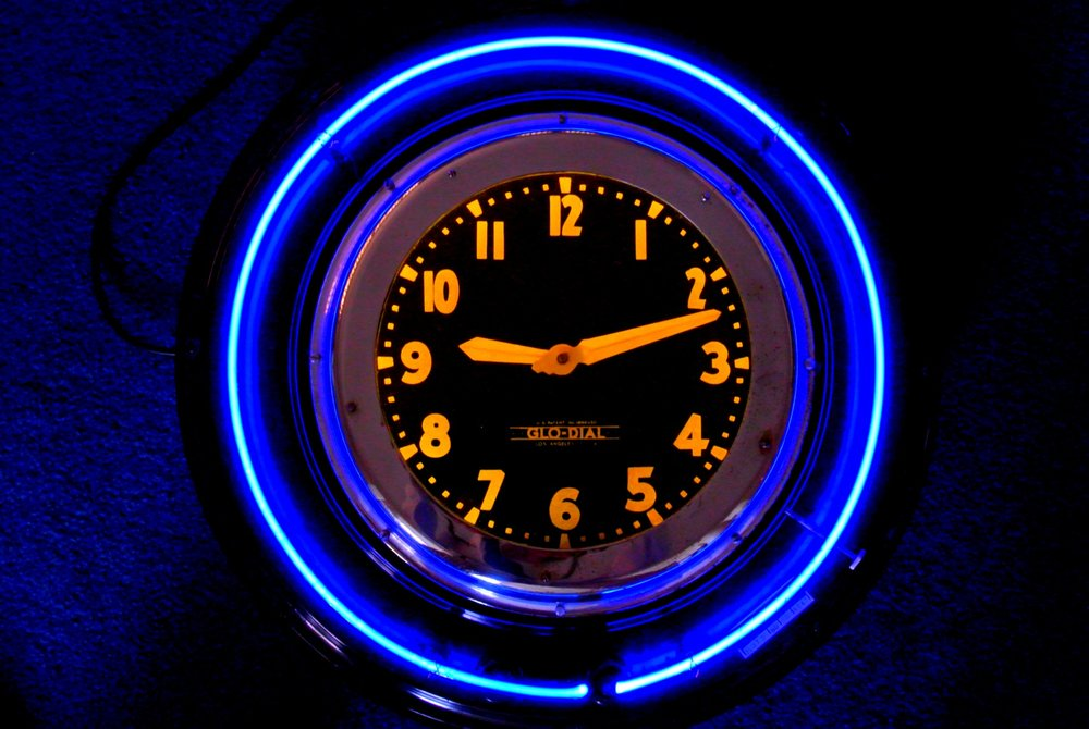 Commercial Neon Clock.jpg