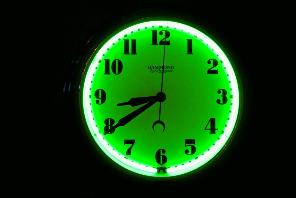 Expert Neon Clock and Neon Sign Restorations by John Barton - BartonNeonMagic.com