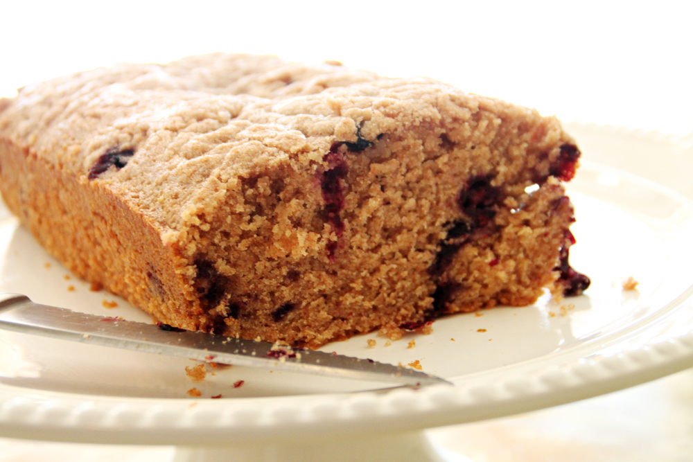blueberry cake       amandabrezovsky.com