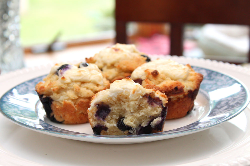 blueberry & cream cheese muffins
