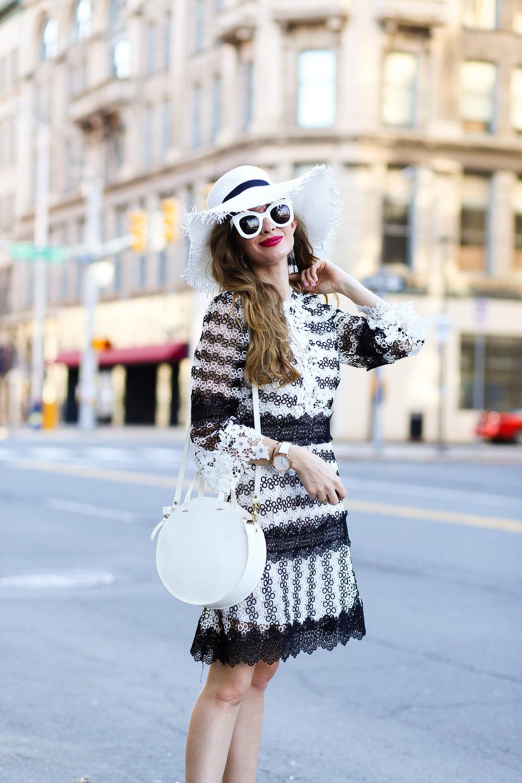 60s Mod Style- Enchanting Elegance